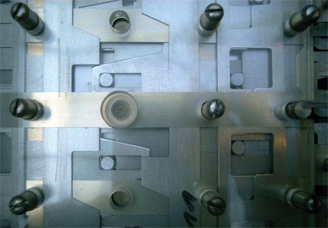 Logic gates detail